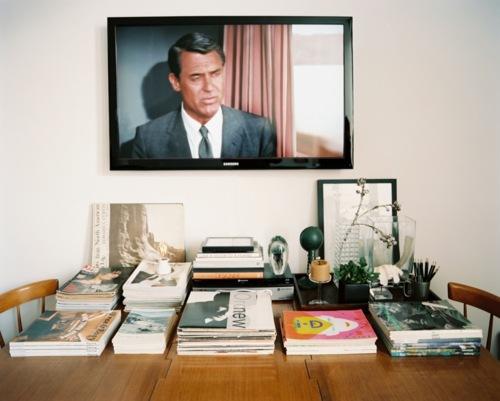 sch ner wohnen mit dem fernseher sweet home. Black Bedroom Furniture Sets. Home Design Ideas