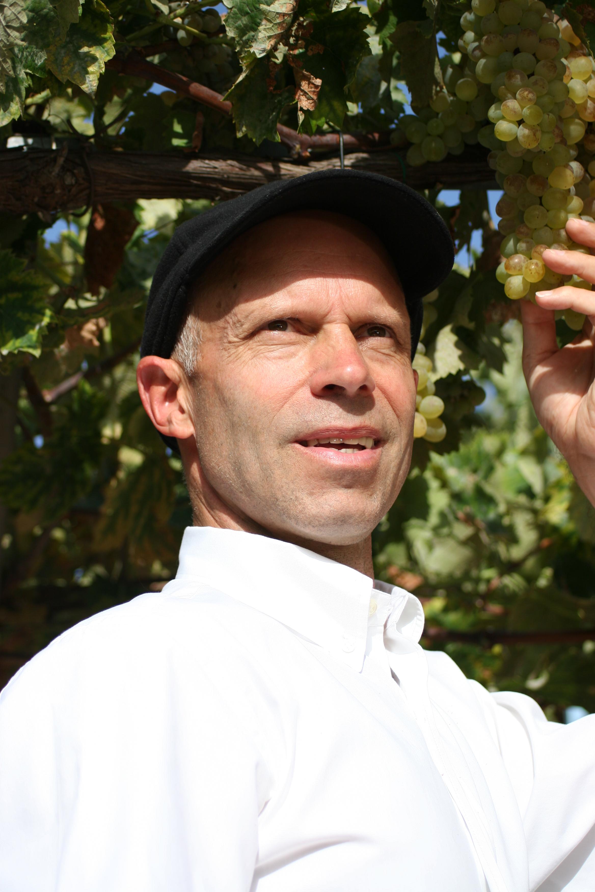 Karl Schefer, Gründer und Chef des Bio-Wein-Händlers Delinat. - KarlSchefer