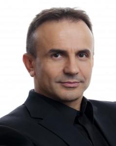 Pero Mićić, Unternehmensberater.