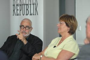 Provokativer Auftritt in Deutschland: Werner Kieser mit der damaligen Gesundheitsministerin Ulla Schmidt.