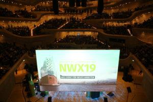 New Work auf der grossen Bühne der Elbphilharmonie. Foto: Xing SE