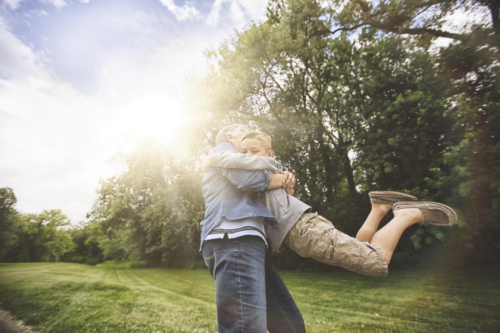 Sparanlagen: Schön ist es, die Freude der beschenkten Enkel noch zu erleben. Foto: Getty