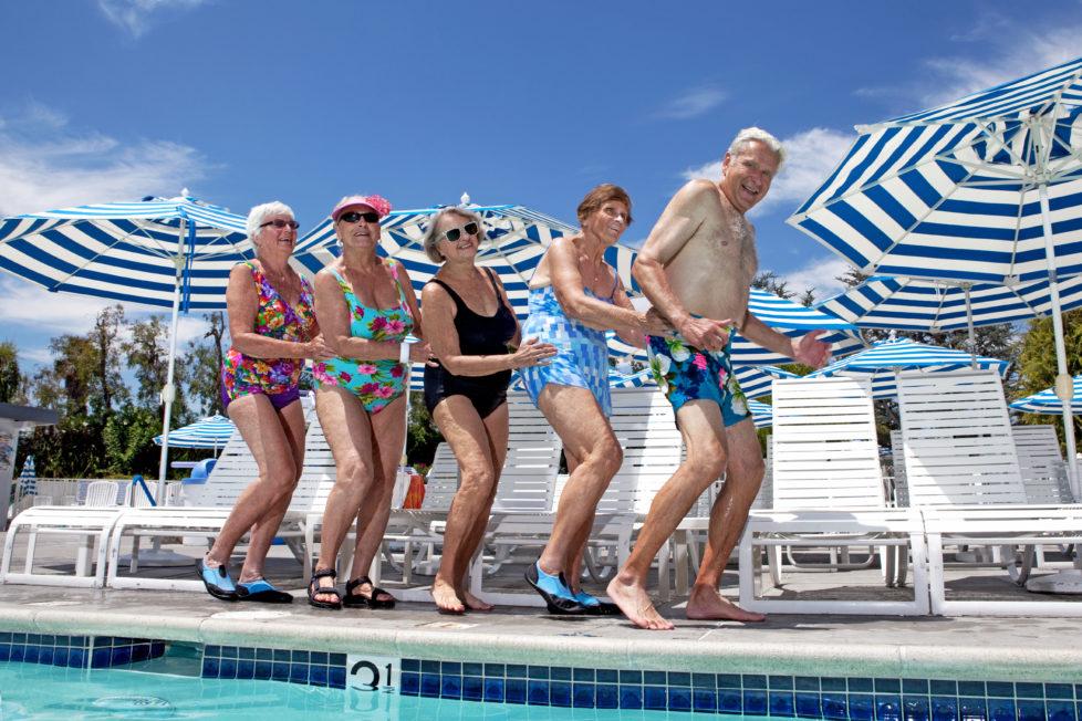 Richtig investieren: Wenn das Pensionskassengeld auf dem Trockenen ist, lässt sich das Alter unbeschwerter geniessen. Foto: Getty