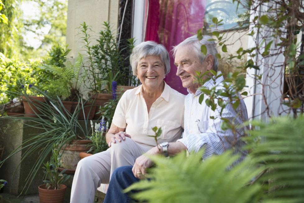 Ungetrübte Freude: Banken weigern sich nicht generell, Hypotheken von Kunden im Pensionsalter zu erneuern. Sie machen aber eine Tragbarkeitsrechnung. Foto: Getty