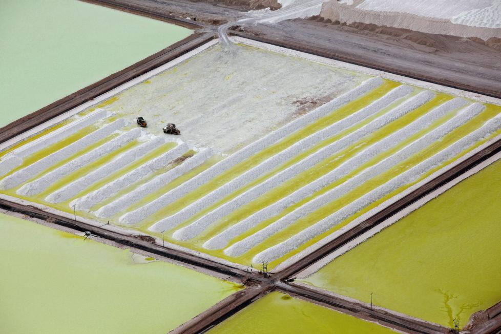Tesla und Co. haben grossen Bedarf am Rohstoff Lithium: Mine in der chilenischen Atacamawüste. Foto: Ivan Alvarado/Reuters