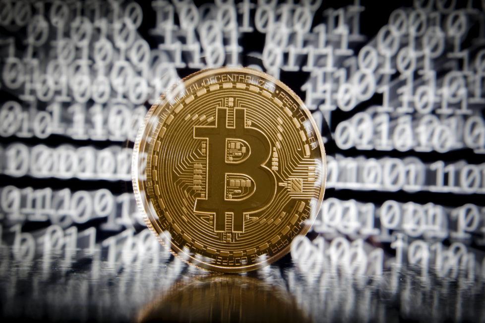 Investoren setzen auf Bitcoin, weil sie Zweifel an der auf spottbilligen Geld basierenden Währungspolitik der Nationalbanken haben. Foto: Thomas Trutschel/Getty Images