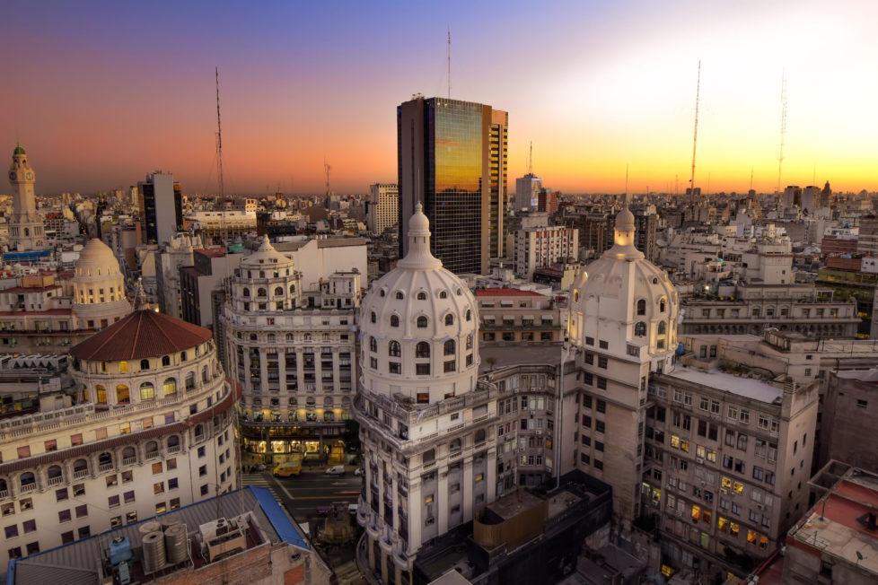 Waghalsige Anlage: Argentinien mit der Wirtschaftsmetropole Buenos Aires wird von den Rating-Agenturen auf Ramschniveau eingestuft. Foto: Getty