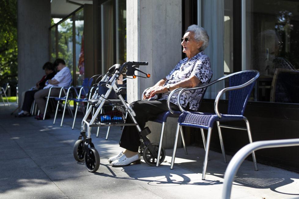 Leibrente: Am ehesten sinnvoll für ältere Menschen, die davon ausgehen, dass sie sehr alt werden. Foto: Esther Michel