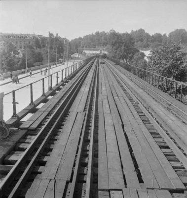 FN Jost N 1976, Sicht von der roten  Brücke Richtung Stadt (kurz vor dem Abbruch), 1941, Artist: