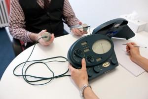 Scientology benutzt den E-Meter: Eine Art Lügendetektor. Foto: Keystone