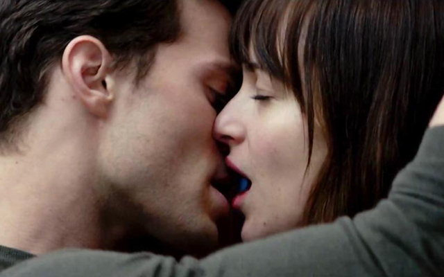 Wann und wo auch immer: Dakota Johnson und Jamie Dornan in Fifty Shades of Grey. (Universal Studios)