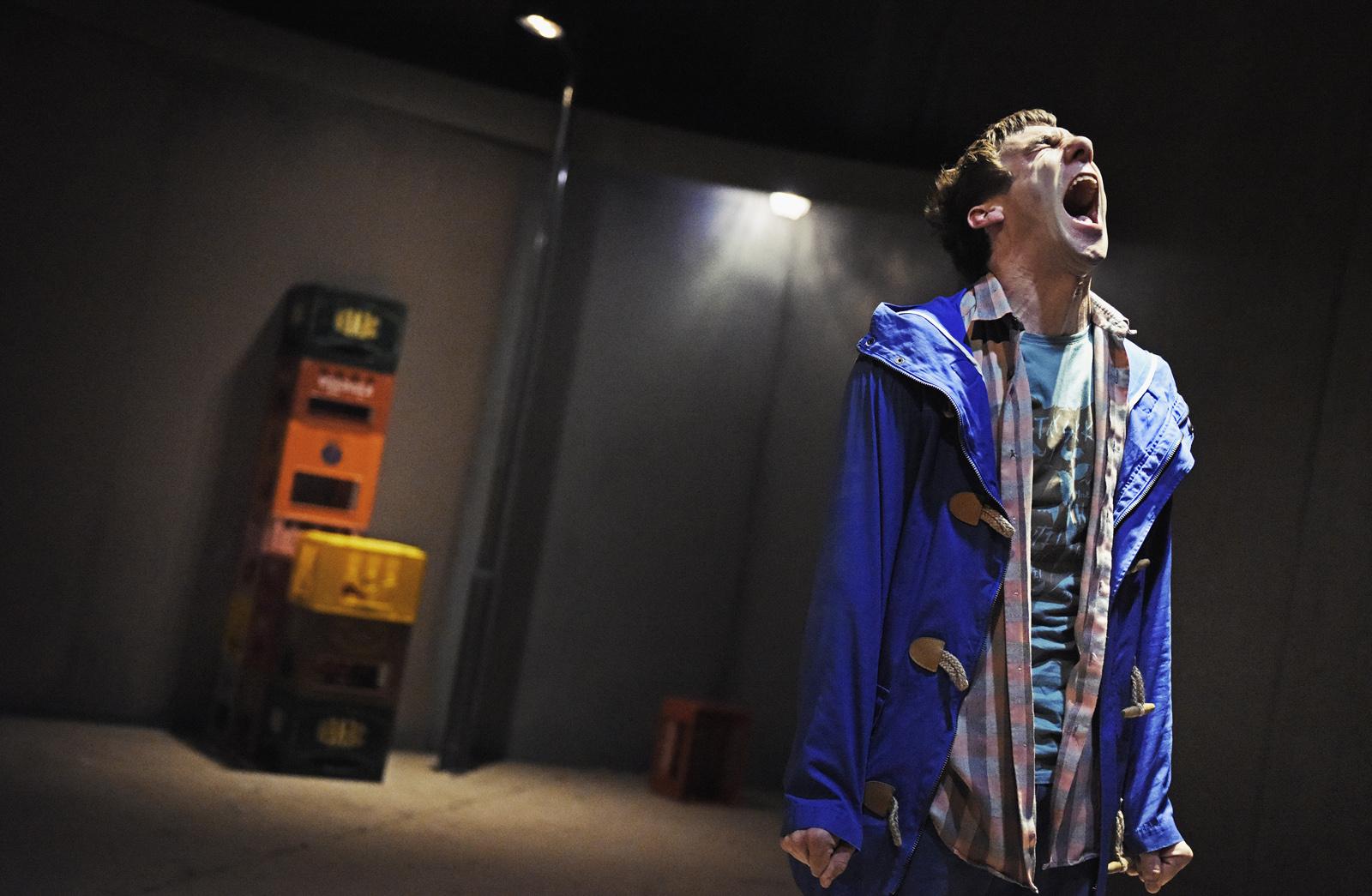 Schreien, ohne gehört zu werden: Aaron Hitz als Francois. (Toni Suter/T+T Fotografie)