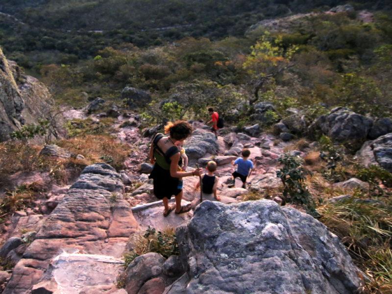 Famile Schranz probiert's mal mit Gemütlichkeit: Wanderung in Bolivien. Fotos: Michael Schranz