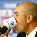 Roberto di Matteo lässt bei Schalke 04 Angsthasenfussball spielen: Foto: Keystone