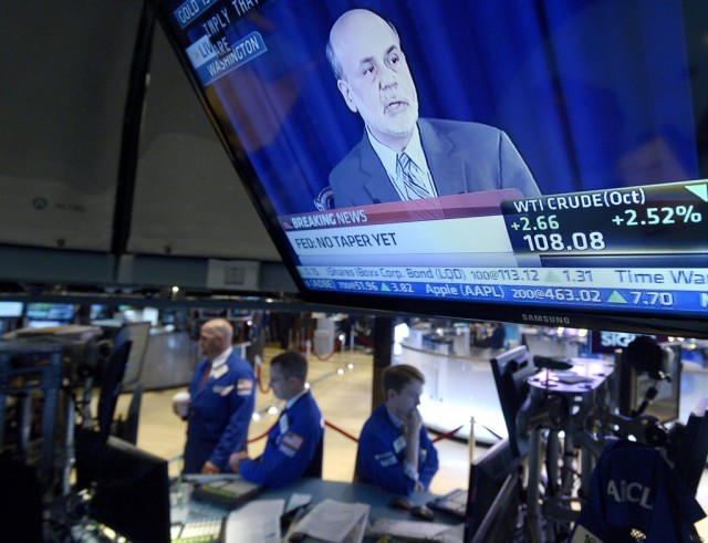 Übertragung einer Rede von Fed-Chef Bernanke in der New Yorker Börse, 18. September 2013. (Keystone/ Justin Lane)