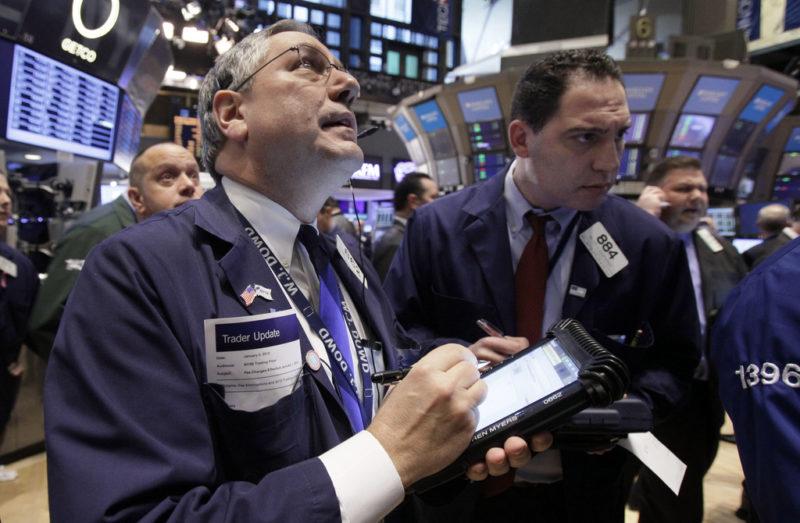 Die Arbeitslosigkeit ist tief, doch lange halten die Börsen die wachsende Unsicherheit aus?Foto: Richard Drew (AP)