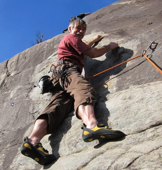 1334: Was für ein Geschenk: Emil Zopf klettert an seinem 70. Geburtstag die Route «Wilde Sofie».