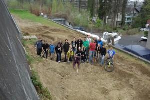 Der Pumptrack in Horw: Mit Handkraft und Schwarmfinanzierung zum Spielplatz für die Bikegemeinde. Foto: flowzone.ch