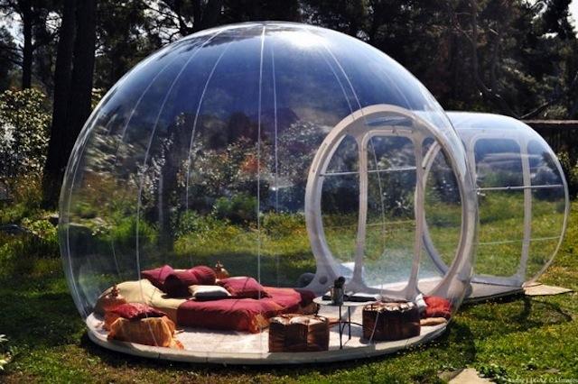 Schlafen wie Gott im Bubble-Haus in Frankreich (Foto: cdn.tourismontheedge.com)