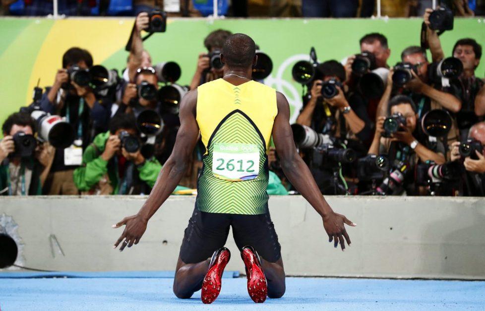 Was will man mehr: Der Jamaikaner Usain Bolt ist und bleibt der schnellste Mensch – hier nach dem Sieg über 200 Meter in Rio. Foto: Diego Azubel (Keystone)