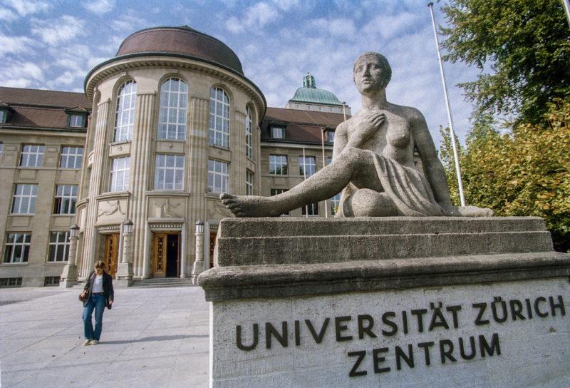 Auf eigene Stärken vertrauen: Universitäten sollten nicht auch Berufsausbildung sein. (Keystone)