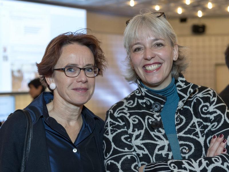 Vorbild für eine faire Unternehmenssteuerreform: Basels Finanzdirektorin Eva Herzog (SP, l.) mit Brigitte Hollinger, Präsidentin der SP Basel-Stadt. Foto: Georgios Kefalas (Keystone)