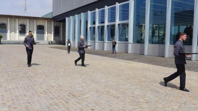Imperiale Ausmasse: Der riesige Innenhof der Fondazione