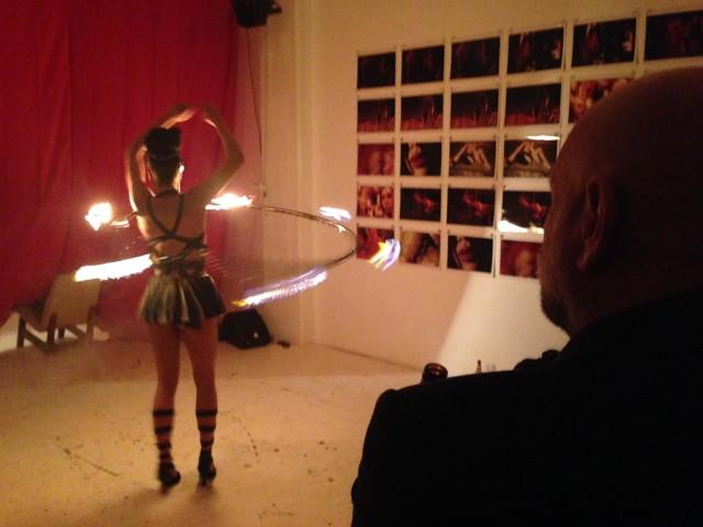 Eine Burlesque-Tänzerin - wie könnte es anders sein?