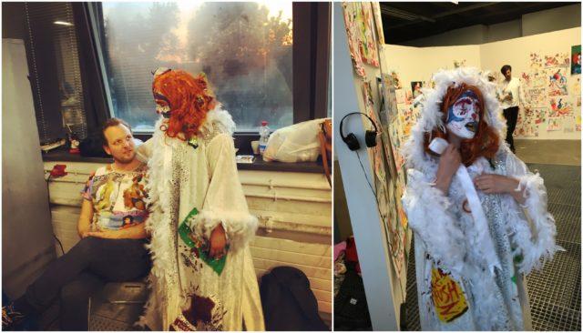Bailey Scieszka mit ihrem Galeristen Mitchell W. Anderson und vor ihrer Zeichnungswand