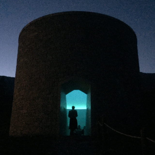 Das Art-Weekend-Ritual: Beim Einnachten besucht man den Sky Space von James Turrell