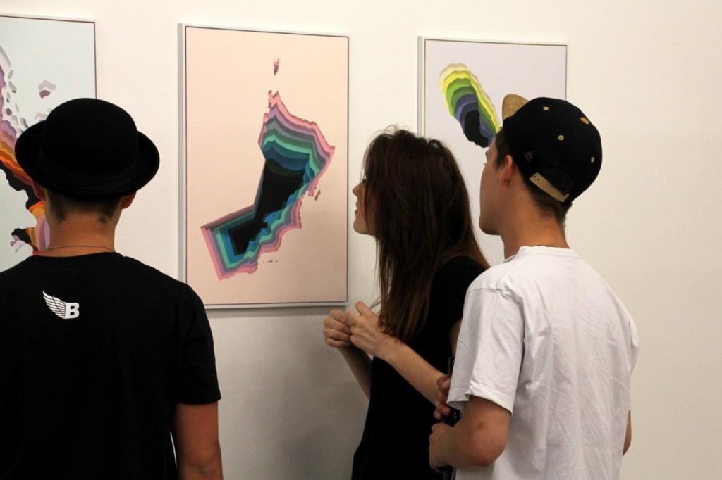 Steueroasen: Der deutsche Künstler 1010 hat die Grundrisse von 81 Ländern farbenfroh umgesetzt.