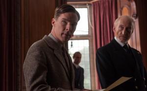Alan Turing überzeugt Commander Denniston.