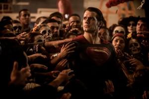 Ist Superman Held oder Bedrohung?