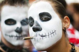 Die ursprüngliche GEist der Street Parade ist tot. Das Zürcher Nachtleben braucht eine neue Ausdrucksform im Sommer. Bild: motleyphotos.net