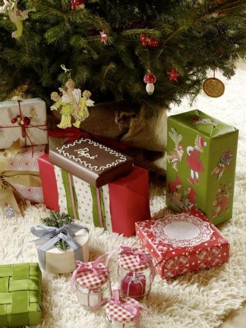Geschenke-640x853