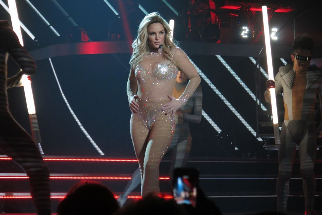 britney-spears-at-piece-of-me-opening-night-in-las-vegas_1