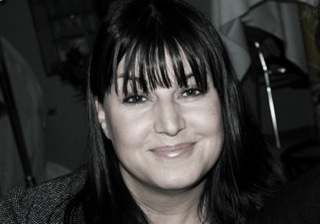 *Denise Claire Gadient, Kosmetikerin EFZ, Visagistin, Dermalogica-Expertin und Fachkosmetikerin MBK, ist Inhabern von The Face in Zürich.