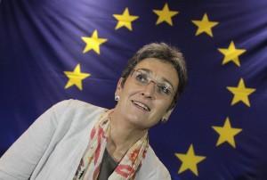 Unter Landsfrauen: Ulrike Lunacek hat Wurst eingeladen. Foto: Reuters