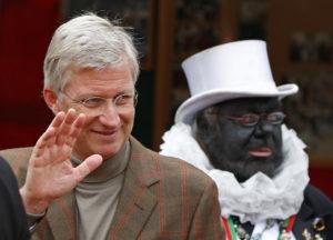 Belgiens König Philippe (l.) mit einem Noiraud an einem autofreien Sonntag in Brüssel. Foto: Yves Herman (Reuters)