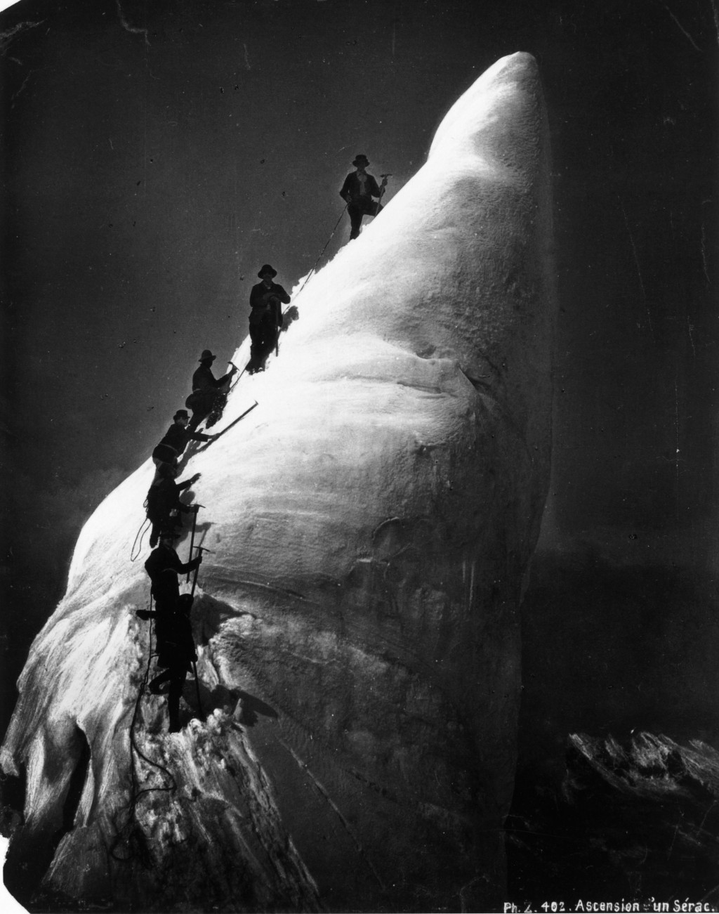 Alpine mountaineers tackling a peak or serac.   (Photo by Hulton Archive/Getty Images)