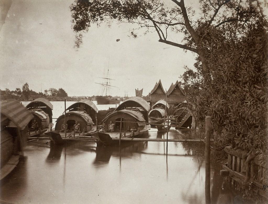 A souvenir of Odoardo Beccari's journeys: boats on Bangkok's canals (Photo by Alinari via Getty Images)