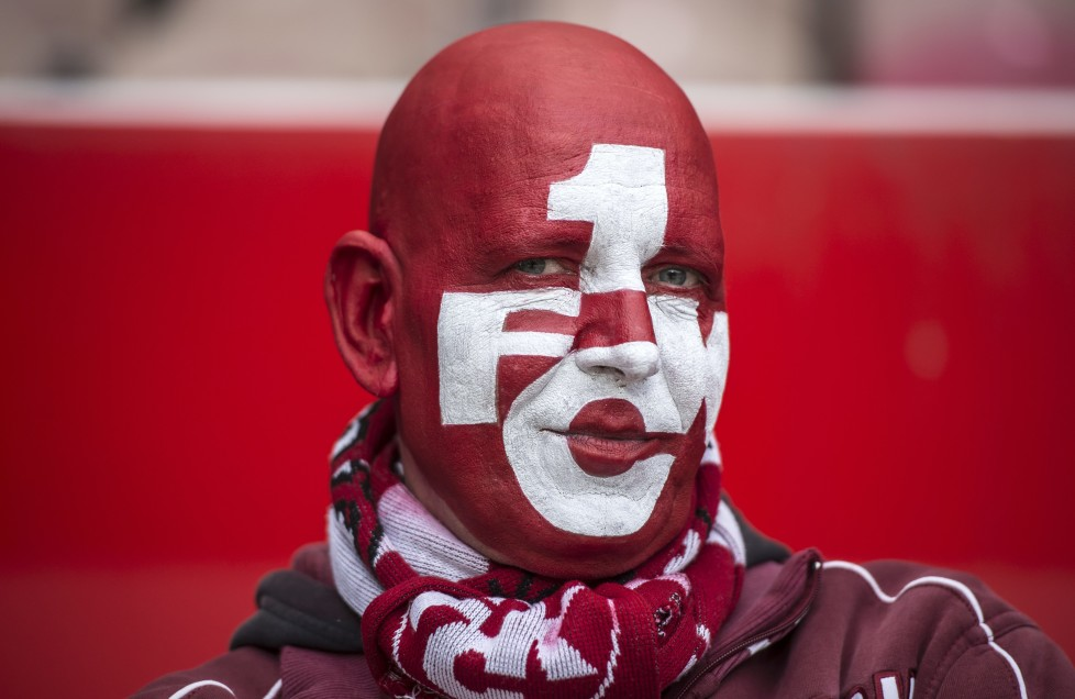 KAISERSLAUTERN, GERMANY - DECEMBER 06: A fan with painted face poses during the second bundesliga match between 1. FC Kaiserslautern and FC St. Pauli at Fritz-Walter Stadion on December 6, 2015 in Kaiserslautern, Germany. (Photo by Alexander Scheuber/Bongarts/Getty Images)