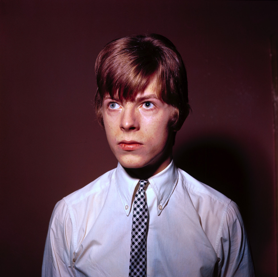 UNITED KINGDOM - JANUARY 01: Photo of David BOWIE; Davie Jones (Davy Jones), posed portrait, c.1965 (Photo by CA/Redferns)