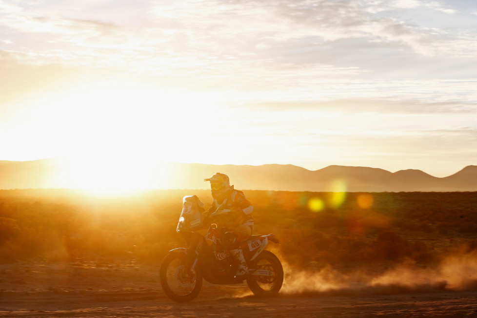 VILLAZON, BOLIVIA - JANUARY 08: Antoine Meo of France riding on and for KTM 450 RALLY REPLICA RED BULL KTM FACTORY TEAM competes on day 6 during stage six of the 2016 Dakar Rally on January 8, 2016 in near Uyuni, Bolivia. (Photo by Dean Mouhtaropoulos/Getty Images)