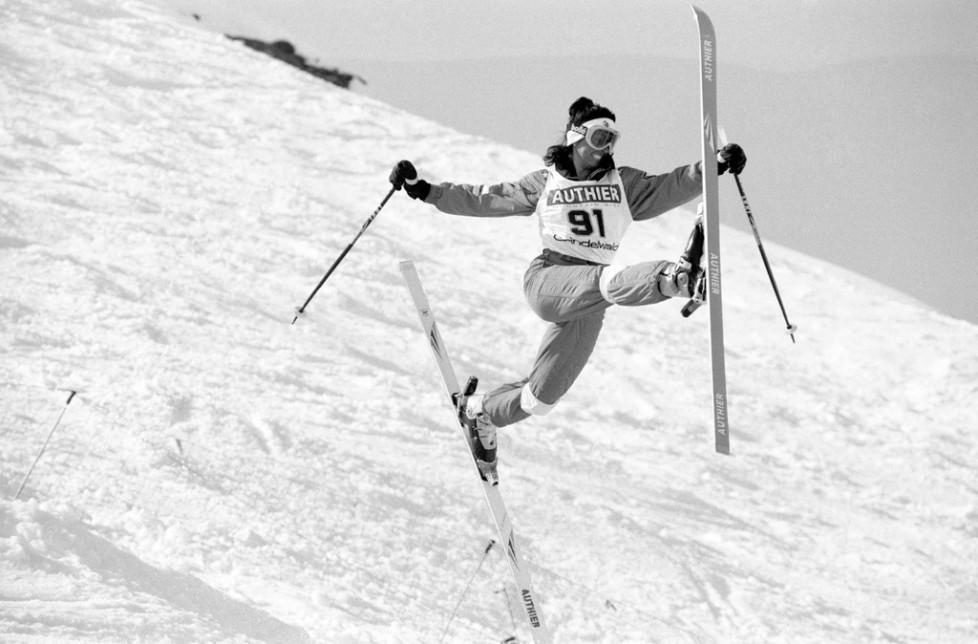 Conny Kissling, Skiakrobatin, bei einem Wettkampf in Grindelwald, undatierte Aufnahme. (KEYSTONE/Str)