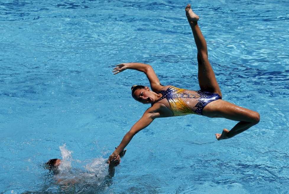 Synchronized swimming - Olympic Games Qualification Tournament - Women's team final free routine - Rio de Janeiro, Brazil - 6/3/16 - The team from France competes. REUTERS/Sergio Moraes TPX IMAGES OF THE DAY