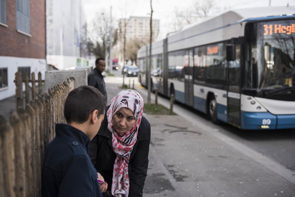 Buslinien 31 und 32 **Fotoblog** Bild 6 Buslinie 31 Haltestelle Letzipark, (Tamedia AG/Thomas Egli, 31.3.2016)