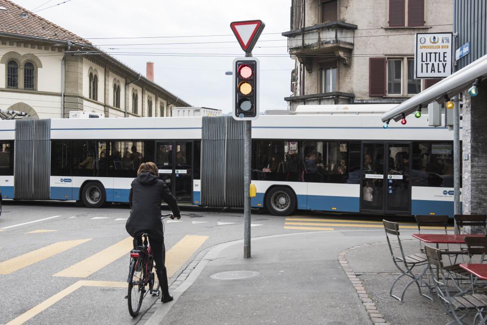 Buslinien 31 und 32 **Fotoblog** Bild 13 Linie 31, Kanonengasse (Tamedia AG/Thomas Egli, 31.3.2016)