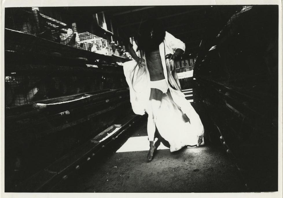 ** Provoke - Zwischen Protest und Performance Fotografie in Japan 1960 - 1975 ** Fotosmuseum Winterthur 28.5 - 28.8.2016 Yutaka Takanashi, Ohne Titel (Tatsumi Hijikata), 1969 (c) Yutaka Takanshi / Taka Ishii Gallery