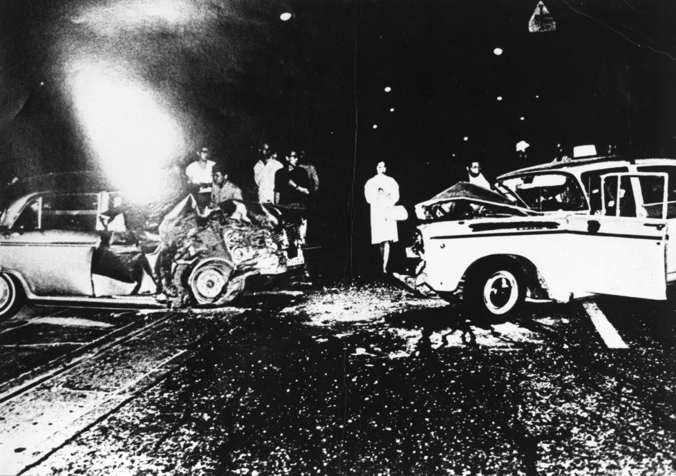 ** Provoke - Zwischen Protest und Performance Fotografie in Japan 1960 - 1975 ** Fotosmuseum Winterthur 28.5 - 28.8.2016 Daido Moriyama, aus der Serie Akushidento (Unfall), 1969 (c) Daido Moriyama